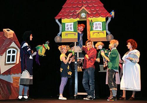 Театр Кукол Латвии 1 сентября устраивает «листопад цен»