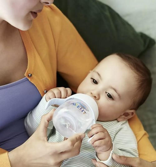 Тестирование января: облегчите малышу переход от бутылочки к поильнику с новым Philips Avent Natural!