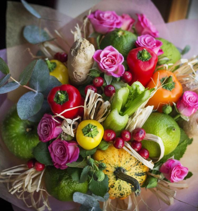 Фруктово-овощной букет в подарок