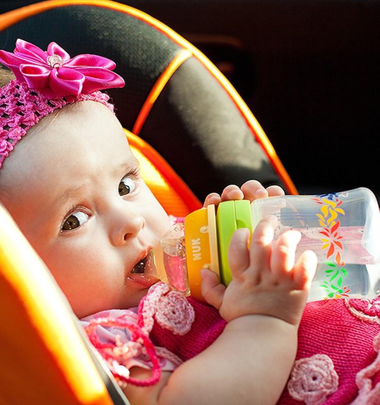 Сколько времени можно находиться младенцу в автокресле?