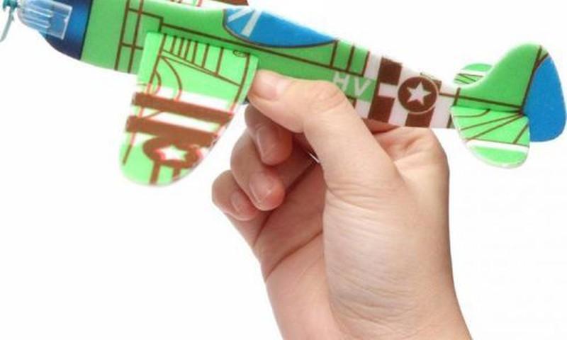 Мамам мальчиков: где в Риге можно научиться ...строить самолёты?