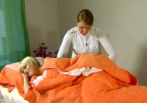 ВИДЕО: Как проходит массаж во время беременности