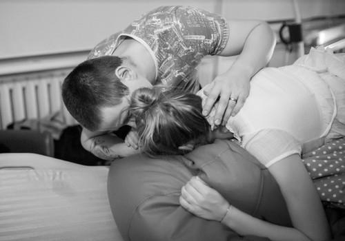 Не игнорируйте свои эмоции после родов. Не пропустите послеродовую депрессию!
