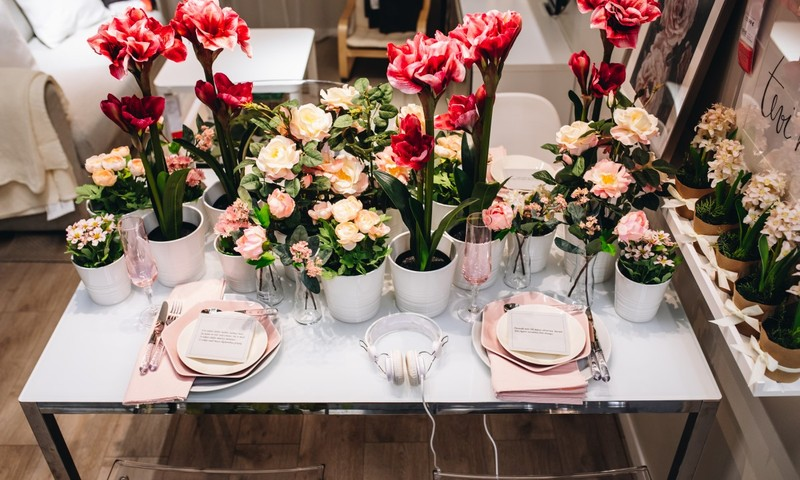 Как украсить стол к празднику столетия Латвии?