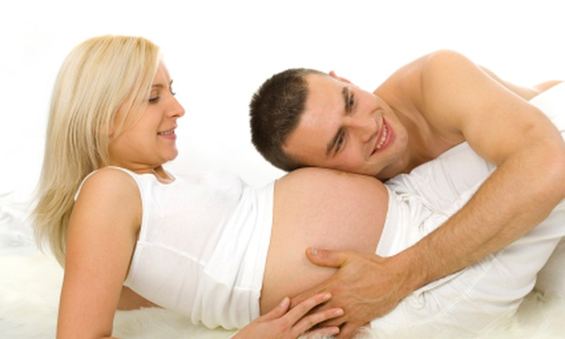 На какие пособия может рассчитывать мамочка, ожидающая близнецов в 2014 году