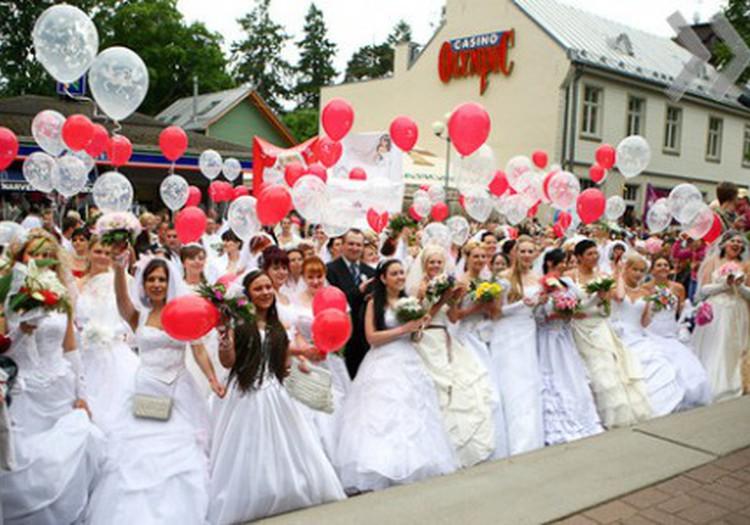 ПАРАД НЕВЕСТ: Праздник для принцесс