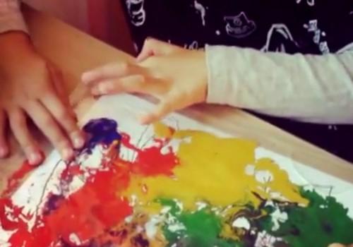 Для мам, которые боятся красок: рисуем пальчиками без следов!