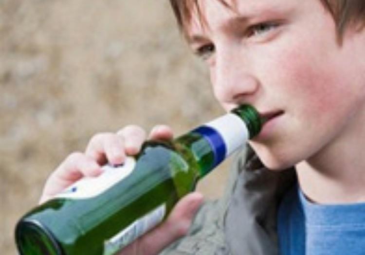 Покупаешь ли Ты при ребенке алкоголь?