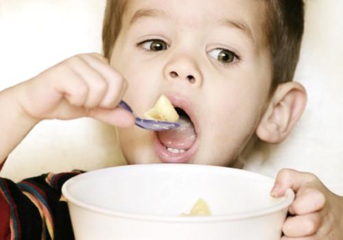 Малыш – это не взрослый, или Принципы правильного питания детей от года до трех лет