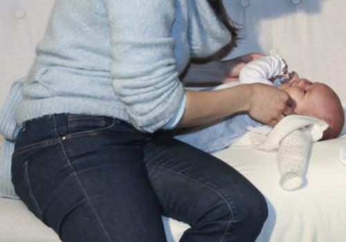 Утренний туалет новорожденного