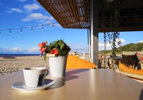 Miers в Вецаки: больше чем пляжное кафе