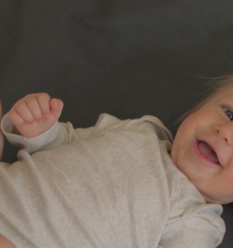 ВИДЕО: всё о развитии малыша на шестом месяце жизни