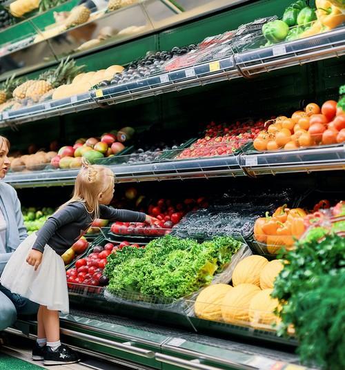 Красное мясо вредно, замороженные овощи не содержат витаминов: популярные мифы о еде