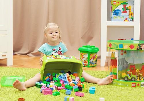 Конструктор Lego признали лучшей игрушкой всех времен