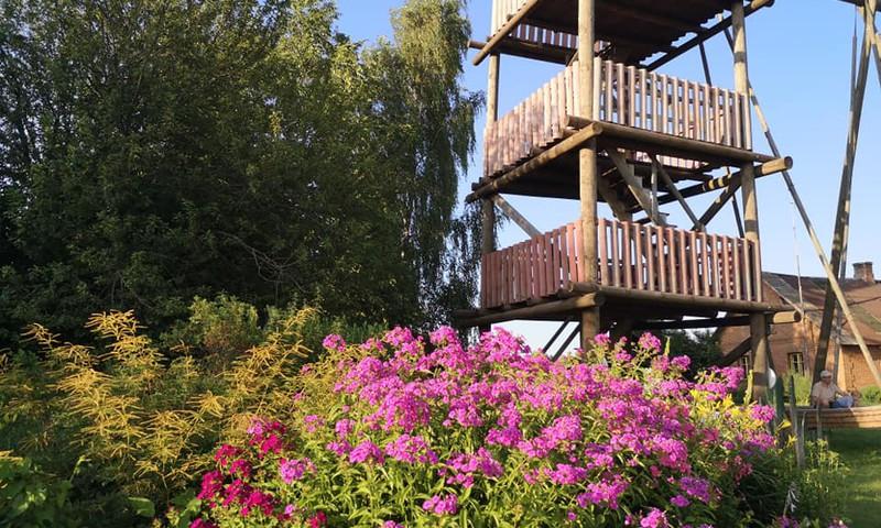 Лето с тоддлером: парк качелей в умеренной близости к Риге