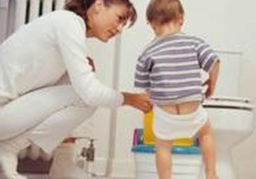 Когда и как учить ребенка ходить на горшок