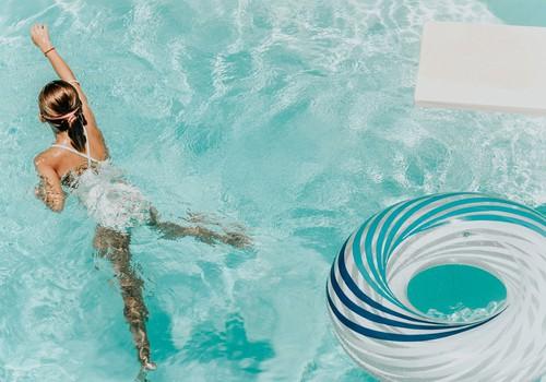 Каждый десятый признаёт, что не умеет плавать