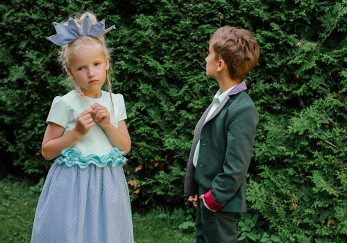 Советы, как выбрать наряд для детей на выпускной в саду
