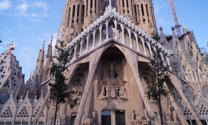 Евротур: Барселона (Испания) – архитектурный шедевр Антонио Гауди