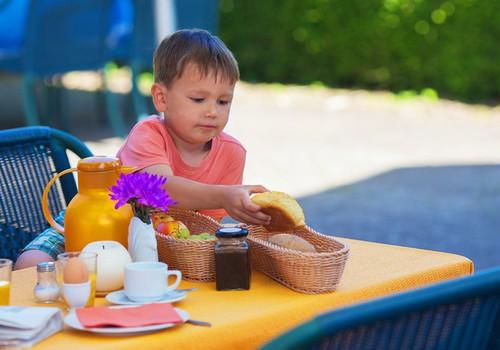 Значение питания в борьбе с детским энурезом