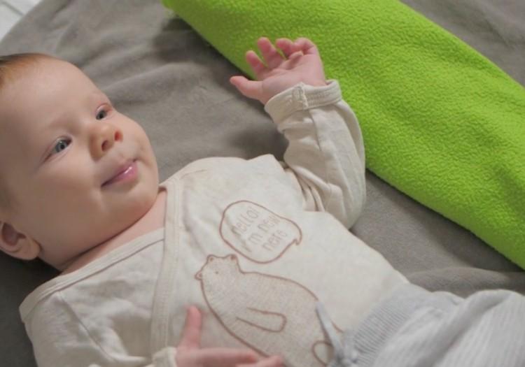 Развитие малыша на втором месяце жизни