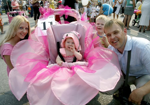 4 августа в Резекне пройдет четвертый Парад колясок!