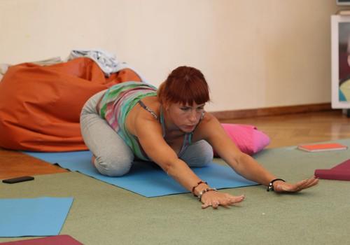 В Мамином Клубе занятия по йоге для беременных ведет дуола Татьяна Цветкова
