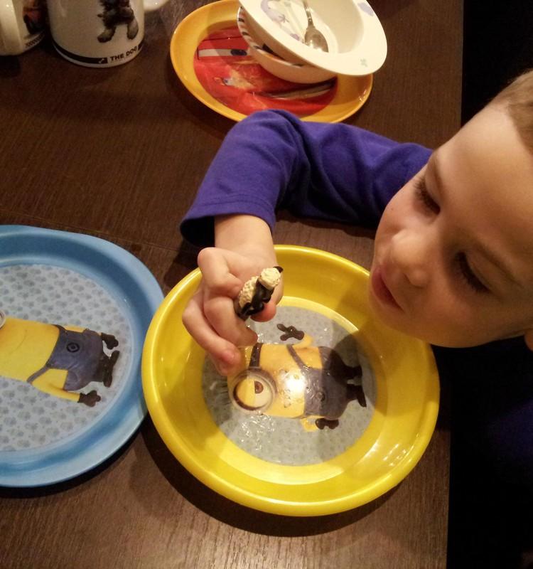 Тимур: Посуда, посуда...много посуды!
