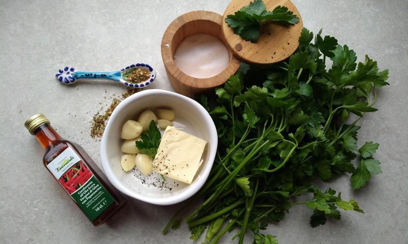 Даша: Сырно-чесночный хлеб