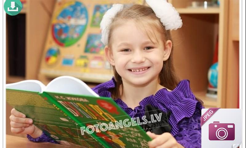 Сегодня Анжелике 6 лет