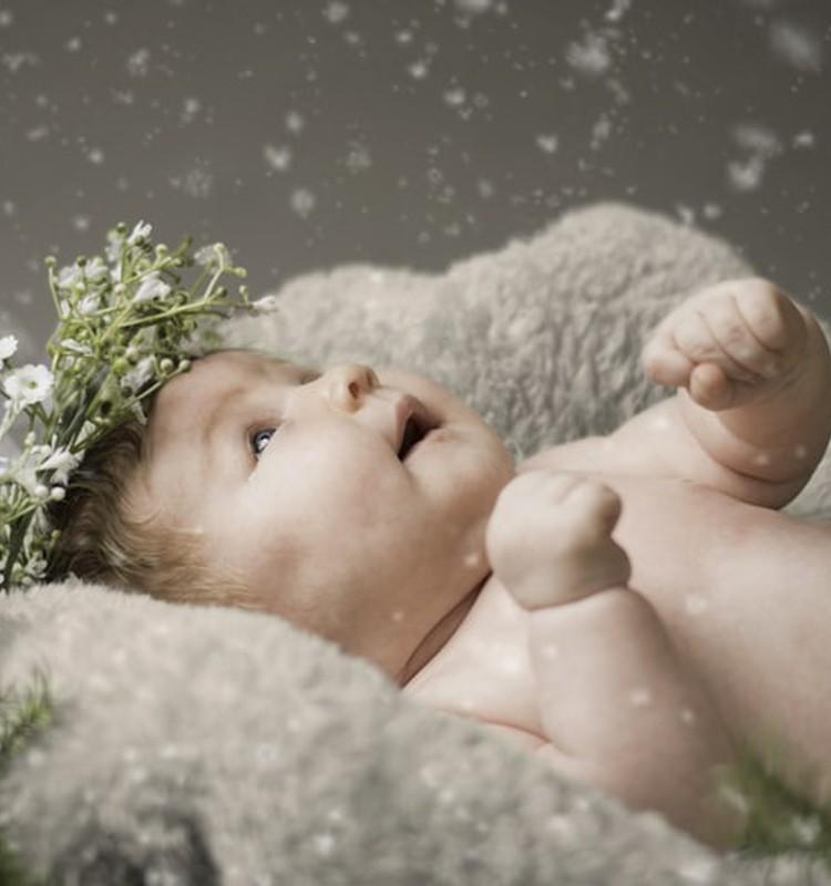 """КОНКУРС блогов: """"Мой первый Новый год"""" - расскажите, как пройдёт ваш первый праздник с малышом и выиграйте билет на Ёлочку в Мамином клубе для самых маленьких!"""