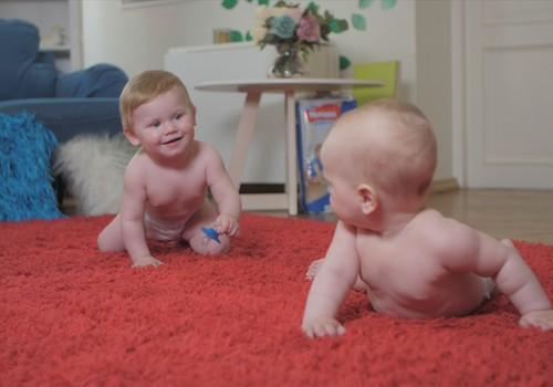 ВИДЕО: Советы физиотерапевта мамам ползунков