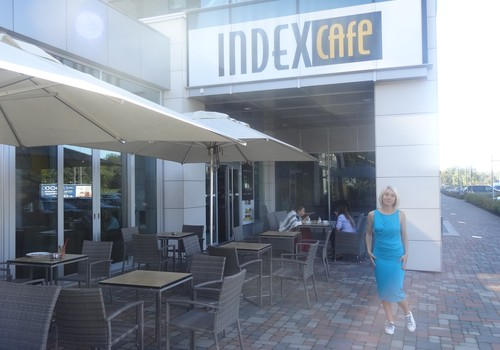 ФОТОрепортаж: Как мы обсуждали одежду для кормящих мамочек и пробовали блюда из мамочкиного меню в Index Caffe