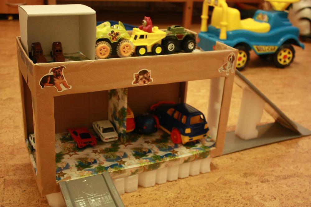 Сделать ребенку гараж своими руками