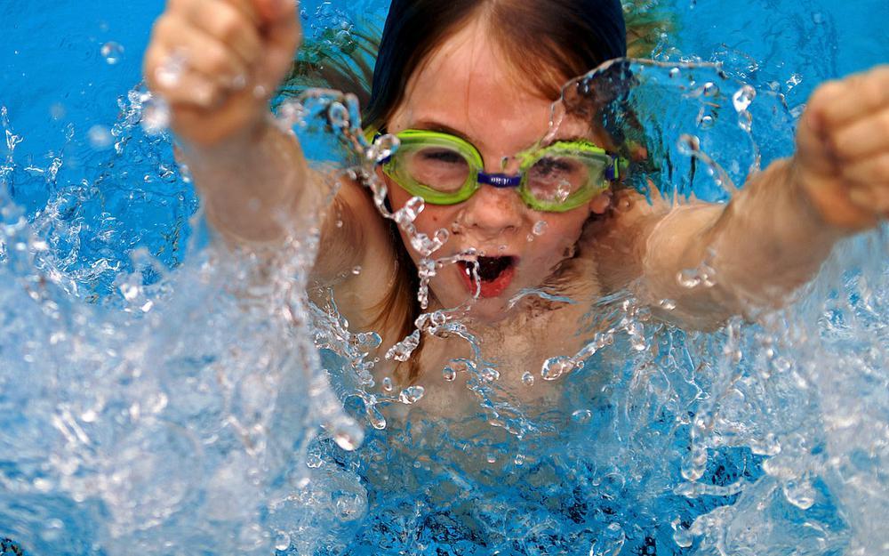 Конкурсы в домашнем бассейне