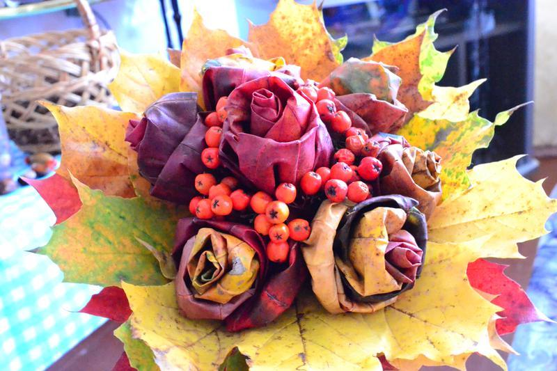 Осенние букеты своими руками листьями 285